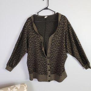Sweaters - Vintage leopard / cheetah print cardigan